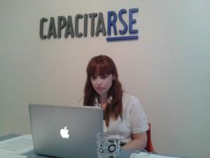 Lorena Brignardello durante el Webinar de Inversión Social Privada, en CapacitaRSE Argentina