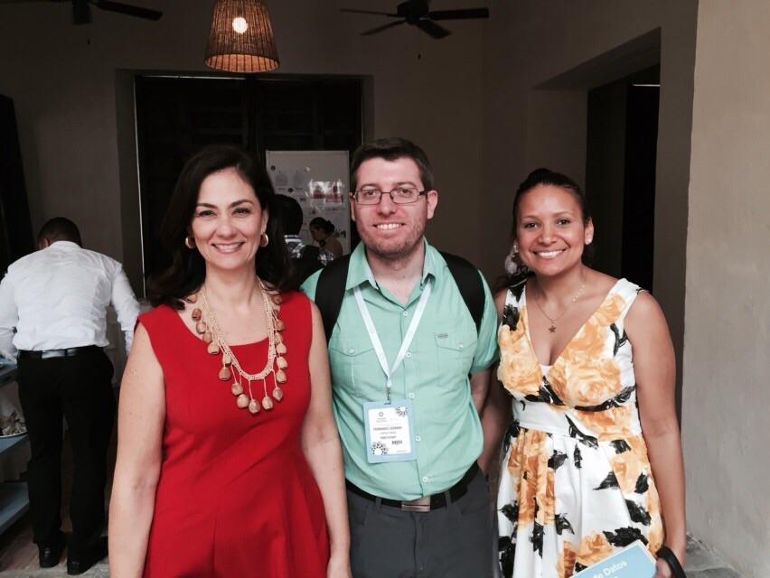 Junto al equipo de Surtigas en el Data2015